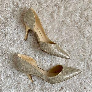 Marc Fisher | Gold Glittered Heel Size 7 Women's